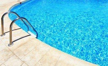 Serinlemek İçin Havuza Girenler Dikkat!